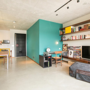 Combinatie van kleur en ruwe materialen: appartement in São Paulo