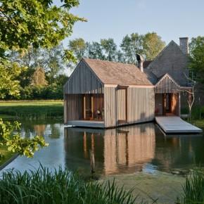 Refuge in de Vlaamse landerijen door Wim Goes Architectuur